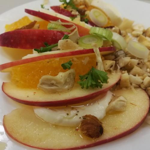 Ovocný šalát s mozarellou