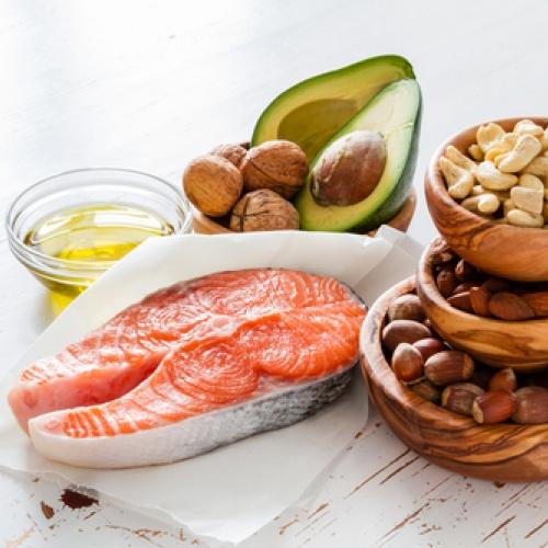 Všímajte si tuku v potravinách!